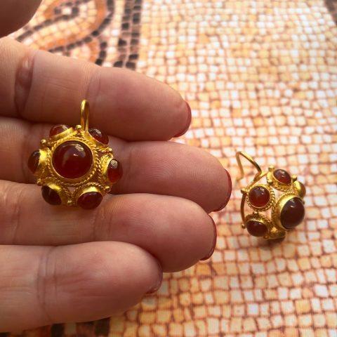 ancienne ambiance roman revival garnet gold earrings - handcrafted 21k gold earrings