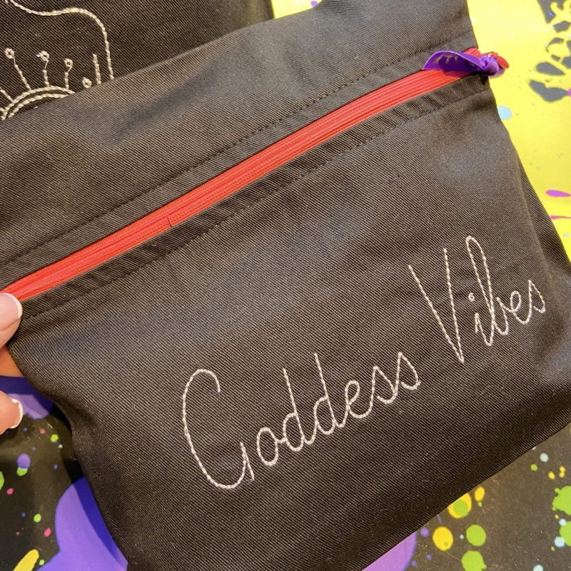 ancienne ambiance london - goddess vibes pouch - lips bag - black - melissa wear your heart collaboration