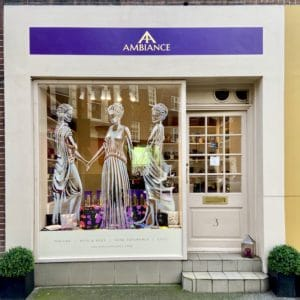 Ancienne Ambiance London Chelsea - the three graces shop window art - March 2020 - National Fragrance Day 2020