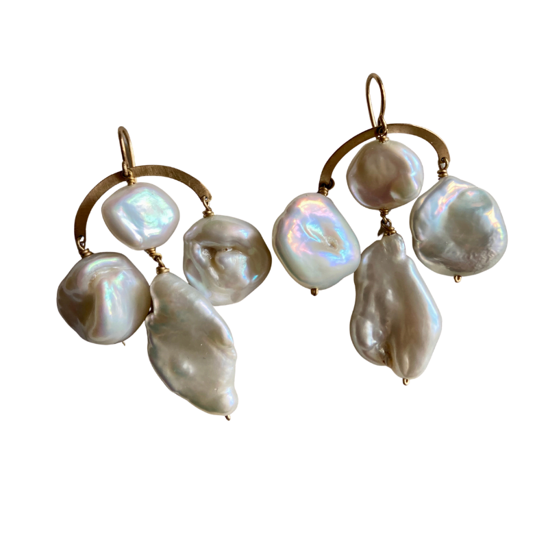 claire van holthe big baroque pearl chandelier earrings - ancienne ambiance