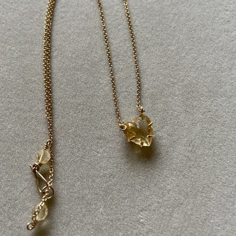 claire van holthe citrine heart pendant 18k gold setting - necklace 9k gold chain - heart necklace -ancienne ambiance