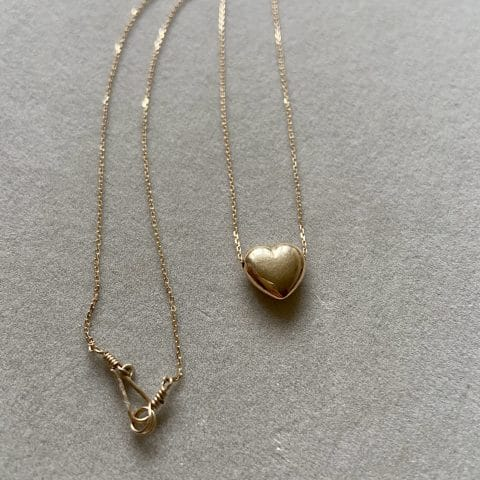 claire van holthe gold heart necklace 9k gold chain - heart necklace -ancienne ambiance